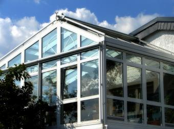 Building a Sunroom With a Kit