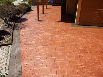 Brick pattern stamped concrete