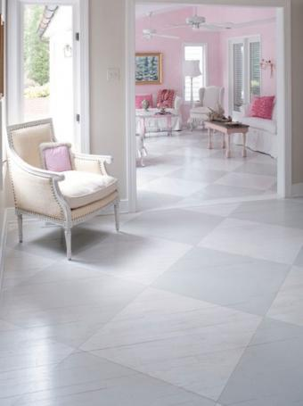 https://cf.ltkcdn.net/homeimprovement/images/slide/185873-548x733-Sunny-Goode-Subtle-Painted-Floor.jpg