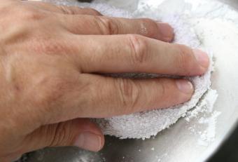 polishing with flour