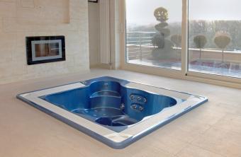 draining a hot tub