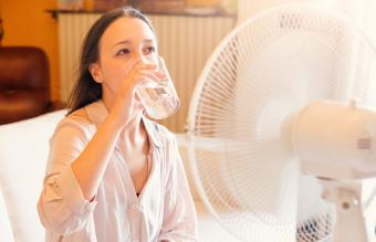How to Cool Down a Room Fast With Easy Methods