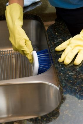 cleaning a stainless steel sink