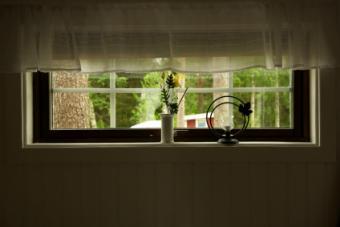 Installing Window Trim