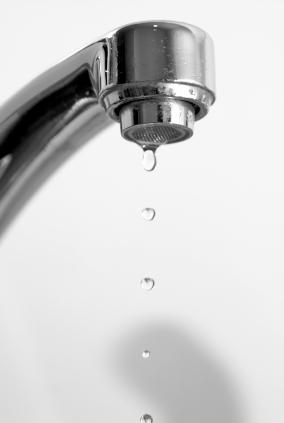kitchen faucet drip repair how to fix a leaky kitchen faucet lovetoknow 19493