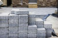 Loose bluestone pavers