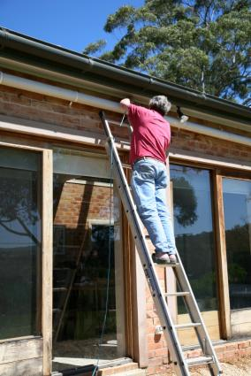 How To Install Gutters Lovetoknow