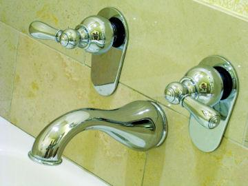 Gleaming New Bathtub Faucets Add Functionality And Style!