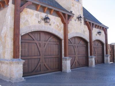 Wood Garage Doors Lovetoknow, Garage Doors That Look Like Barn Doors