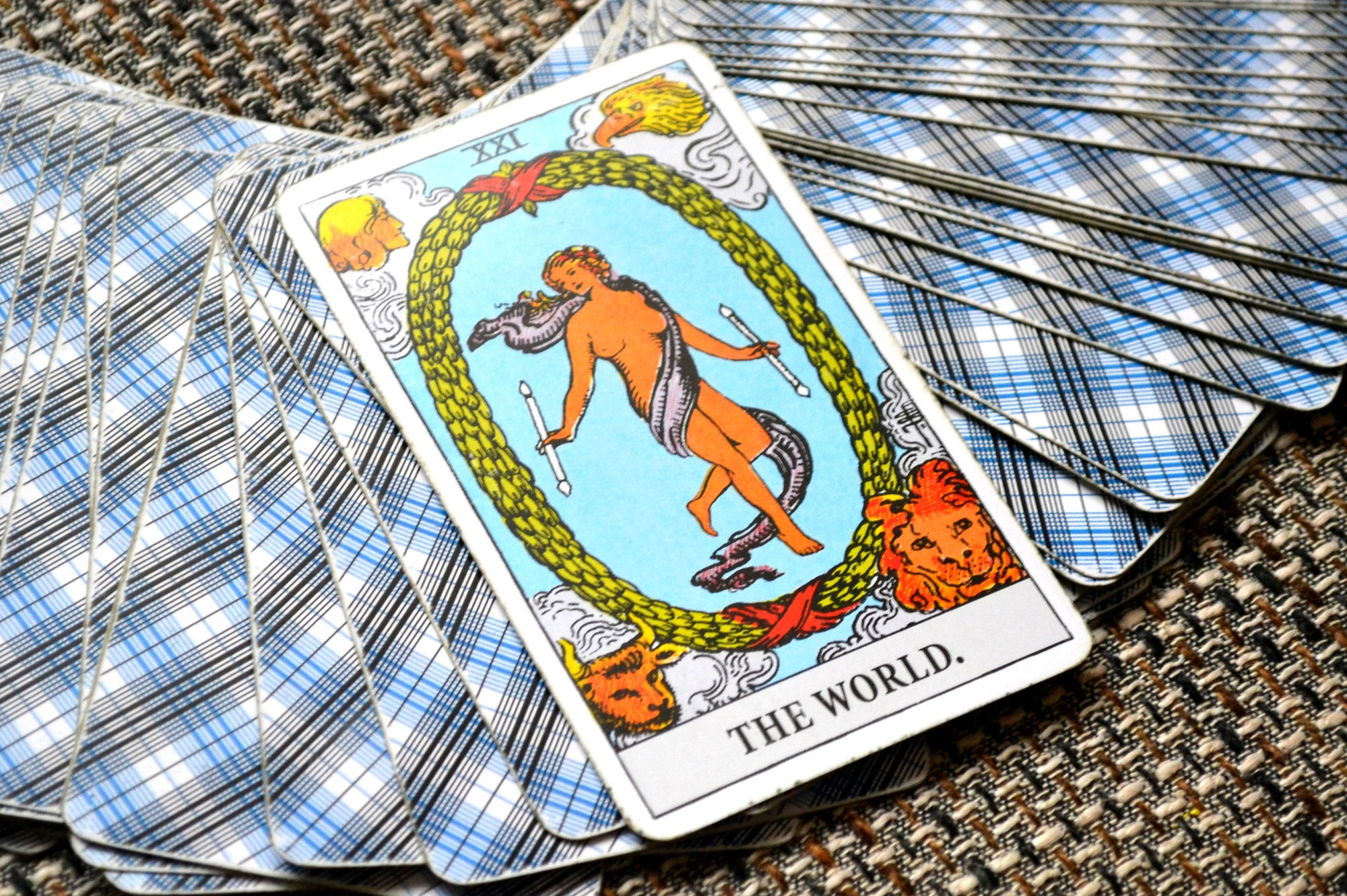 What Does The World Card Mean in Tarot? | LoveToKnow
