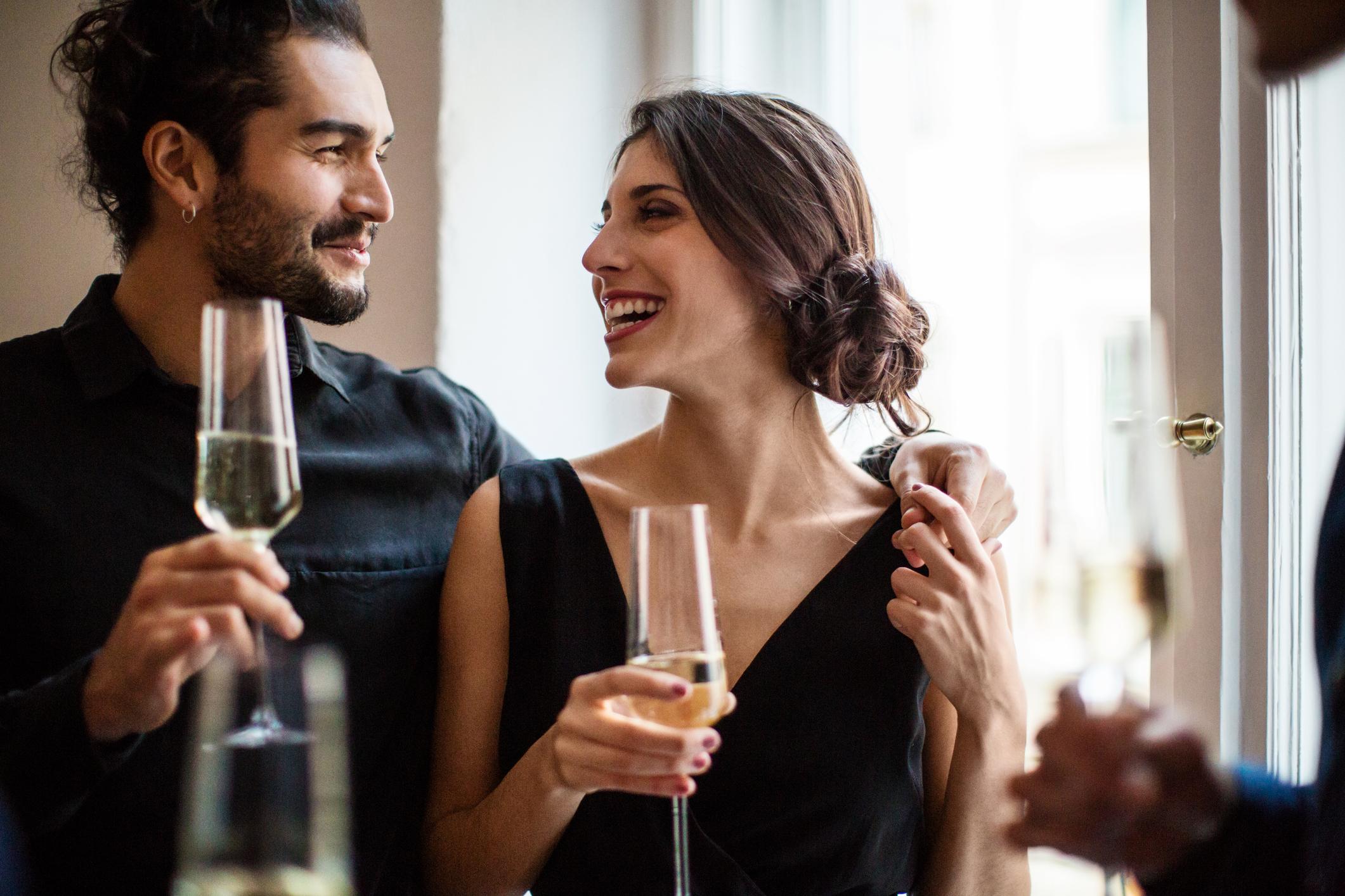 Capricorn Man Romance Traits and Behaviors | LoveToKnow