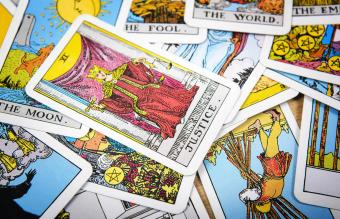 Meaning of the Justice Card in Tarot