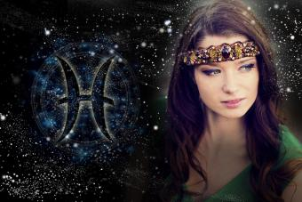 Pisces Woman Traits, Romantic Matches, and Personality