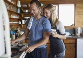 https://cf.ltkcdn.net/horoscopes/images/slide/256290-850x595-6_couple_cooking.jpg