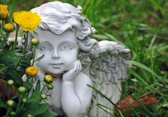 https://cf.ltkcdn.net/horoscopes/images/slide/256708-850x595-2_Cupid.jpg