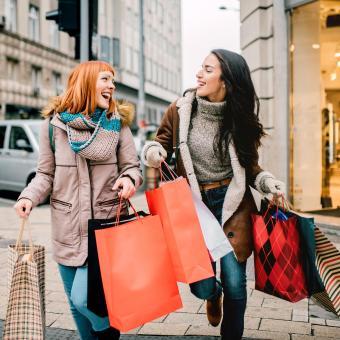https://cf.ltkcdn.net/horoscopes/images/slide/258827-850x850-friends-shopping.jpg