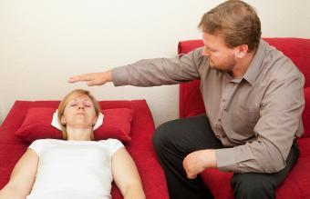 male hypnotist