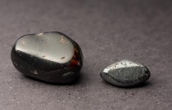 Hematite and granada polished crystals