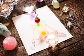 Pendulum Divination for Beginners: Simple Tips to Gain Insight