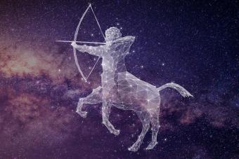 https://cf.ltkcdn.net/horoscopes/images/slide/278935-850x566-zodiac-sign-matches-sagittarius.jpg