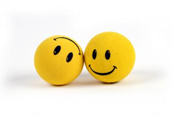 https://cf.ltkcdn.net/horoscopes/images/slide/55009-800x548-dreamstime-pair-of-smilies.jpg