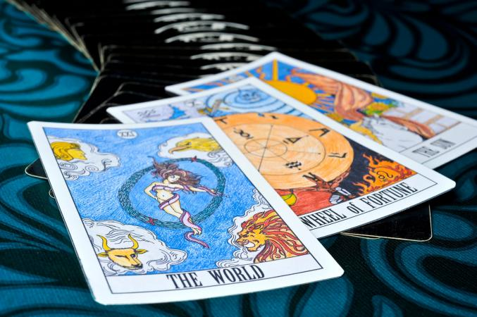 Yes or No Tarot Types and How to Interpret Them | LoveToKnow