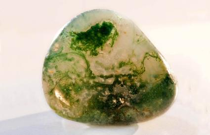 Moss Agate Crystal Healing Stone