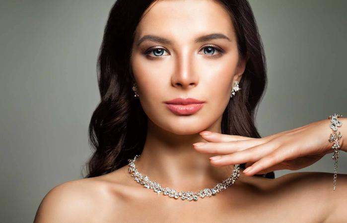 Woman with Perfect Diamond Jewelry