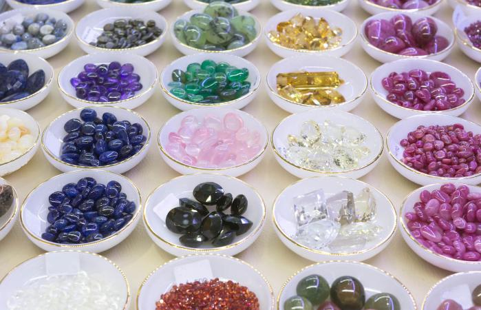 baskets of birthstones
