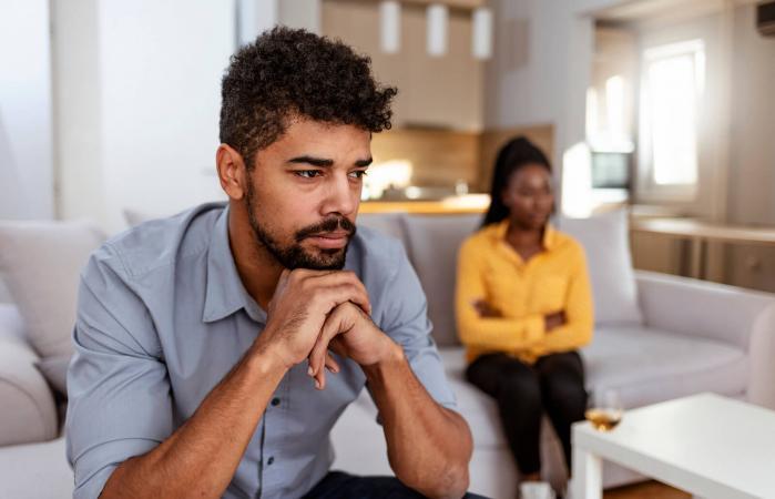 Man ignoring a woman
