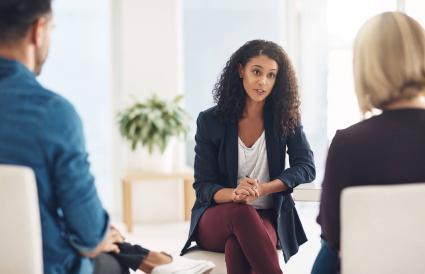 woman acting as mediator