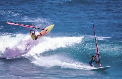 Windsurfing at Diamond Head