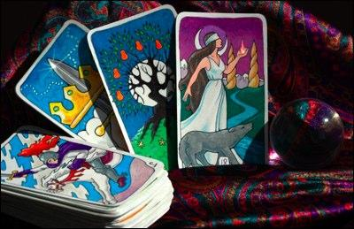 Places to Buy a Love and Relationship Tarot Reading | LoveToKnow