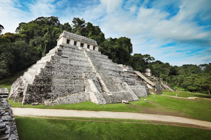 templo maya, palenque en chiapas, mexico
