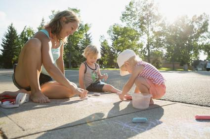 madre de sagitario con sus hijos