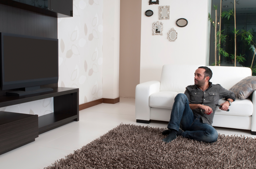 Expert Tips for Living Room TV Furniture Setup | LoveToKnow