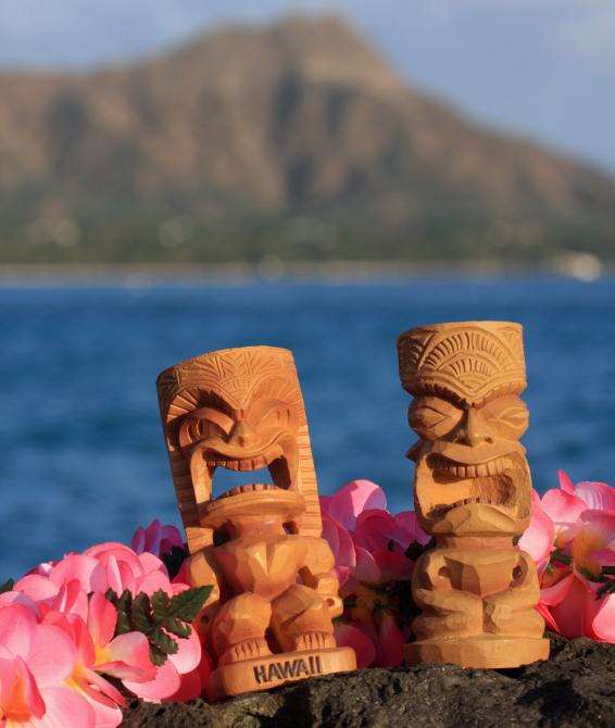 5 Tropical Tiki Patio Decor Ideas For A, Tiki Patio Decor
