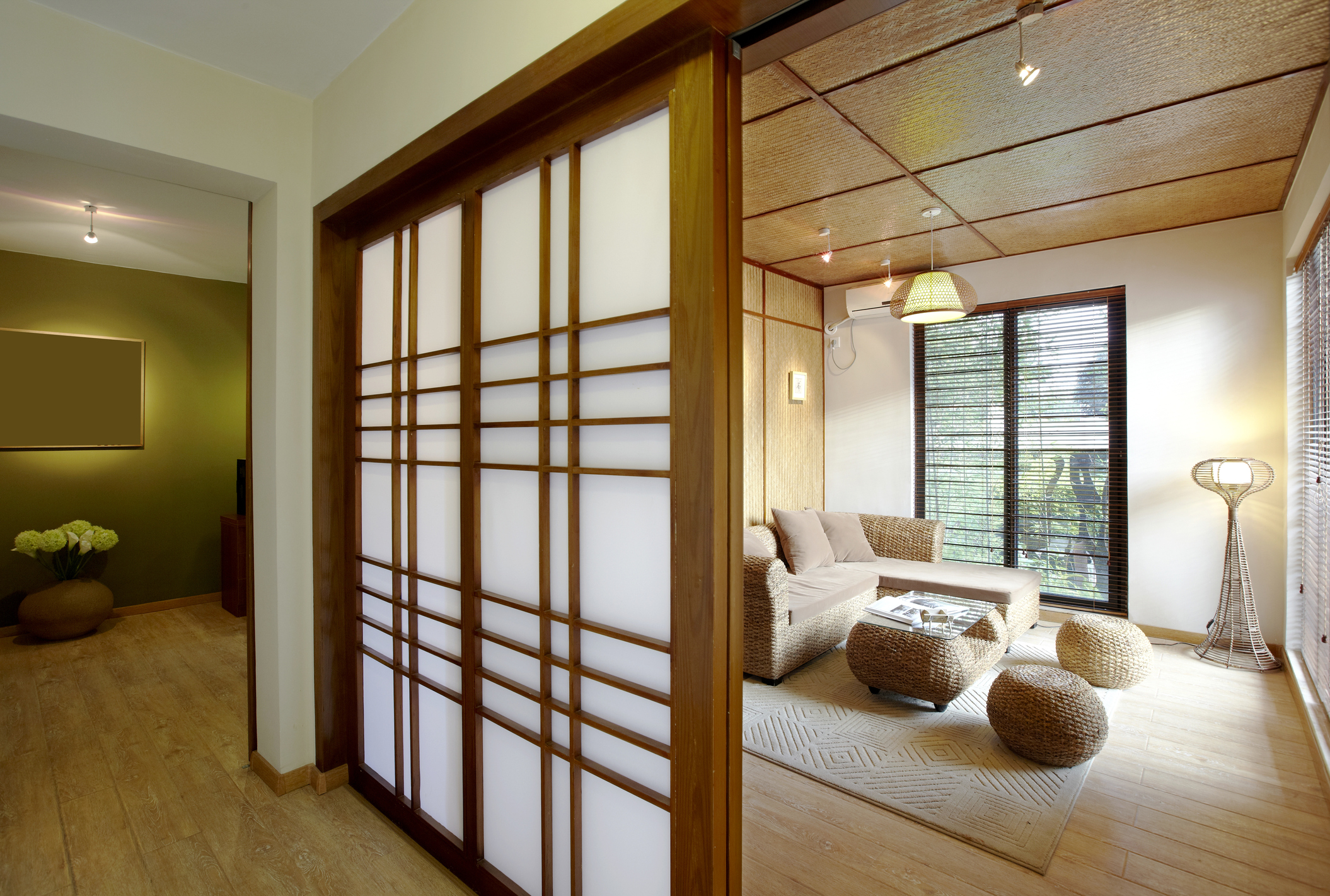 Japanese Apartment Design Understanding The Space Lovetoknow
