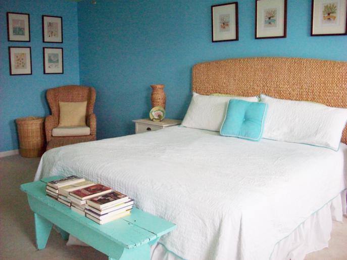 https://cf.ltkcdn.net/interiordesign/images/slide/141378-687x515r1-Master_Bedroom.jpg