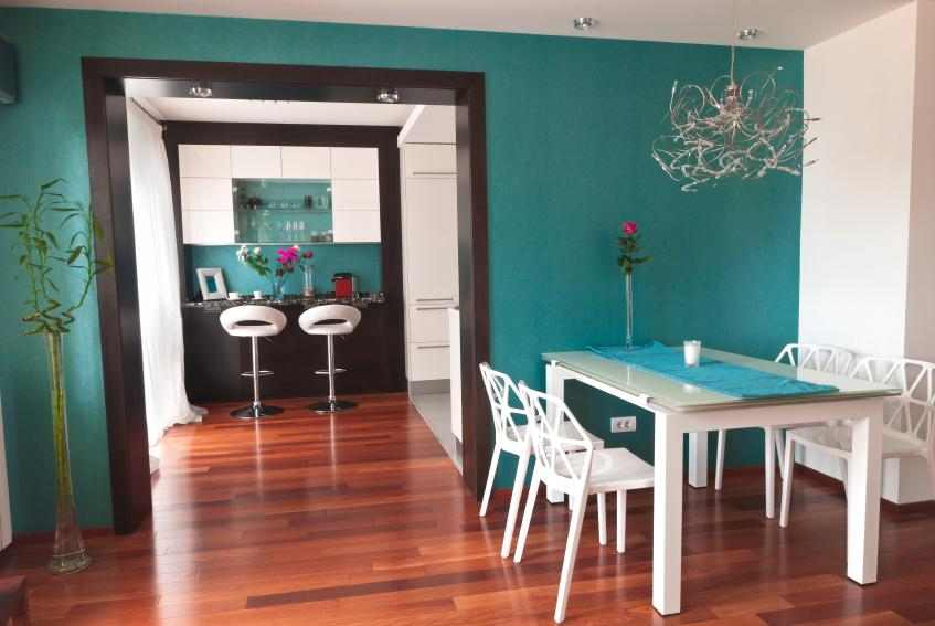 https://cf.ltkcdn.net/interiordesign/images/slide/163804-847x567-dining-room-bar.jpg