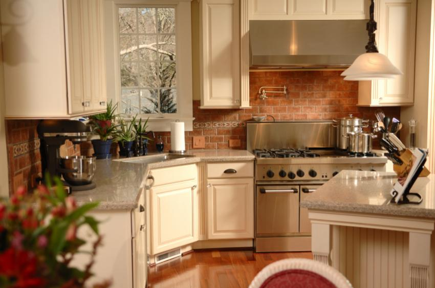 Colonial Kitchen Pictures | LoveToKnow