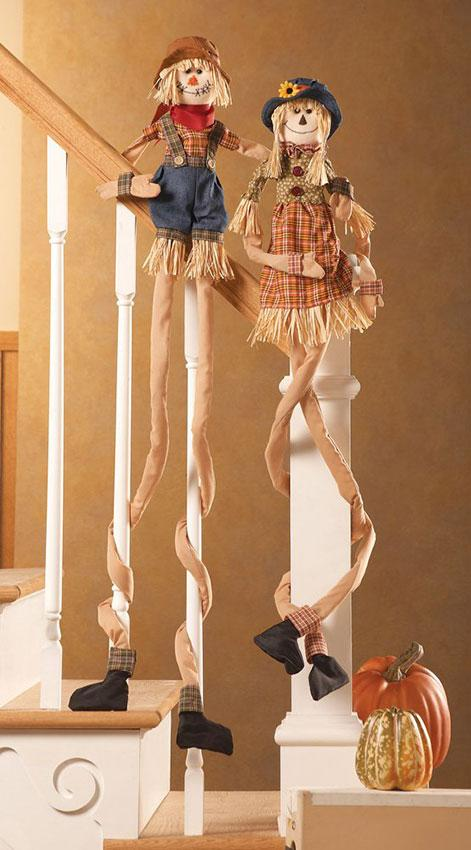 https://cf.ltkcdn.net/interiordesign/images/slide/189848-471x850-Fall-Scarecrow-Stair-Hugger-Decoration.jpg
