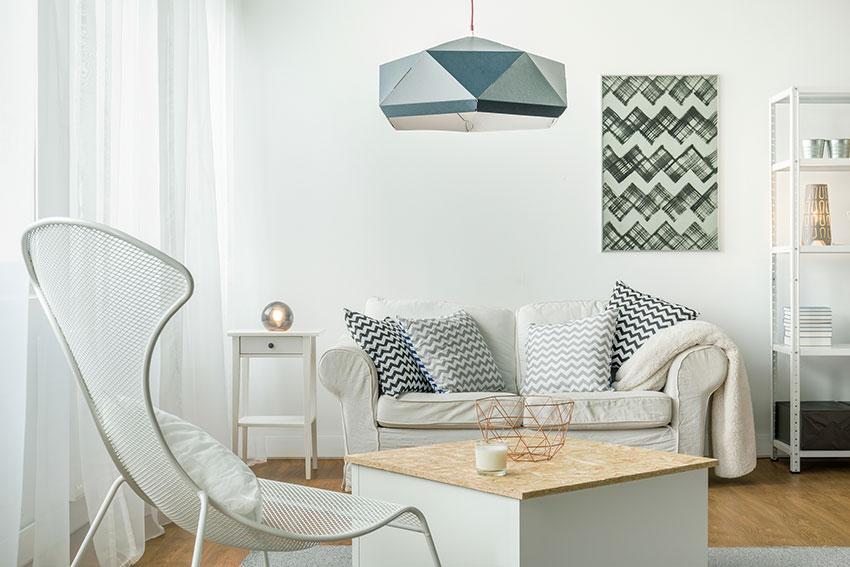 https://cf.ltkcdn.net/interiordesign/images/slide/196925-850x567-small-scale-room-decor.jpg