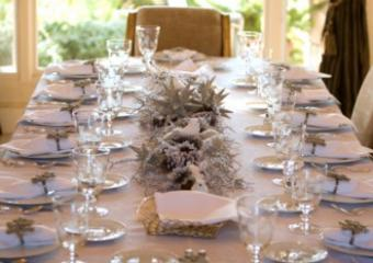 formal winter themed table setting