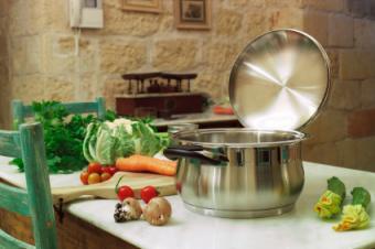 Staples & Essentials of Rustic Kitchen Designs
