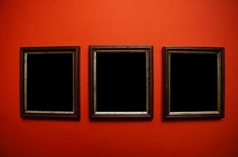 Elegant Wall Decor: Art & Frames to Elevate Your Space