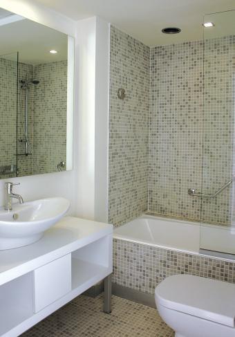11 Interior Design Tips for Bathrooms: A Modern Space