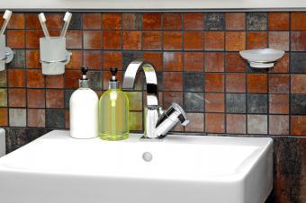 https://cf.ltkcdn.net/interiordesign/images/slide/142637-849x565r1-wall-accessories.jpg