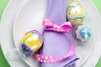 8 Easter Table Decoration Ideas That'll Make You Hop With Joy