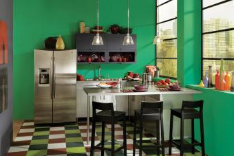 14 Ways Decorating with Green Can Rejuvenate a Space